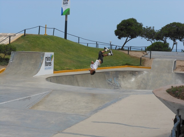Skateboarder in Miraflores